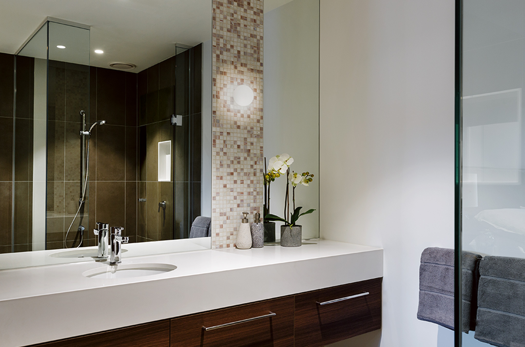 An apartment bathroom at Drummond Place Carlton