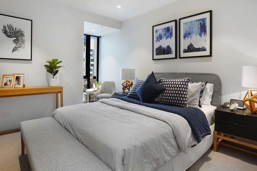 A spacious bedroom at Drummond Place Carlton